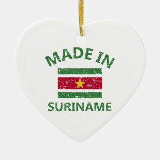スリナムで作られる セラミックオーナメント