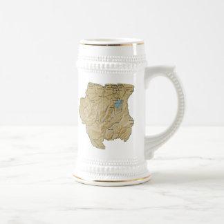 スリナムの旗の~の地図のマグ ビールジョッキ