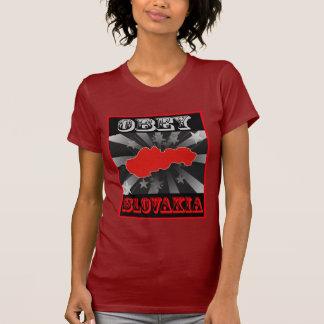 スロバキアに従って下さい Tシャツ