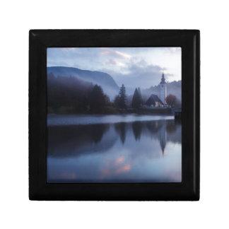 スロベニアの湖Bohinjの朝 ギフトボックス