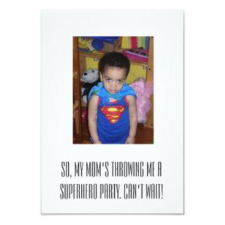 スーパーヒーローのパーティの招待状 カード