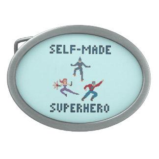 スーパーヒーローのベルトの留め金 卵形バックル
