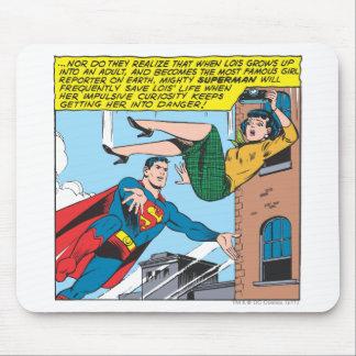 スーパーマンの喜劇的なパネル- Loisを救うこと マウスパッド