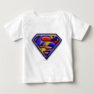 スーパーマンのS盾|の紫色のエアブラシのロゴ ベビーTシャツ