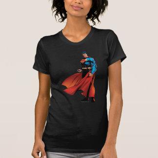 スーパーマンは前部に見ます Tシャツ