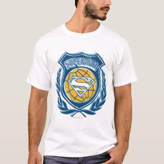 スーパーマンは地球のロゴの|の頂上を様式化しました Tシャツ