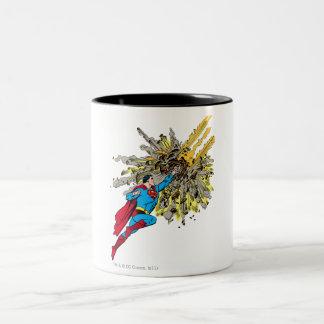 スーパーマンは流星をストップ ツートーンマグカップ