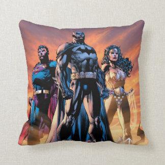 スーパーマン、バットマン、及びワンダーウーマンの三位一体 クッション