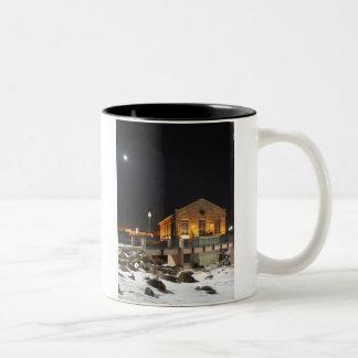 スーフォールズSDのcoffeecupの古い女王バチの製造所 ツートーンマグカップ