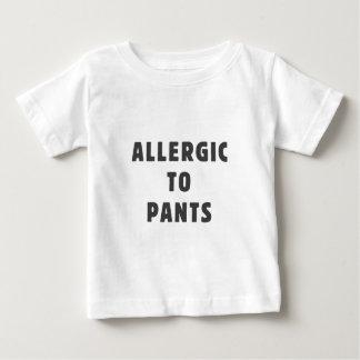ズボンにアレルギー ベビーTシャツ