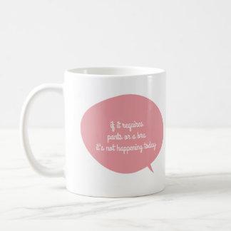ズボン無し、ブラ無し コーヒーマグカップ
