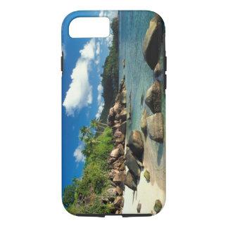 セイシェルのMaheの島、Anse Royaleのビーチ。 3 iPhone 8/7ケース