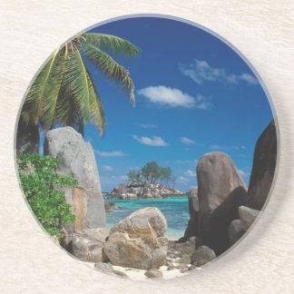 セイシェルのMaheの島、Anse Royale浜 コースター