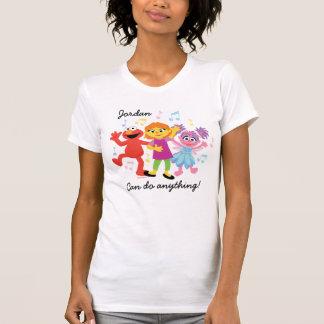セサミストリート|ジュリア、Elmo及びAbbyの踊り Tシャツ
