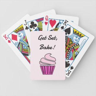 セットを焼きますピンクのカップケーキを得て下さい バイスクルトランプ