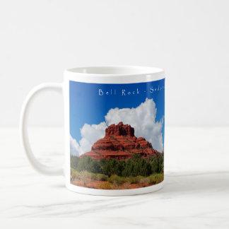 セドナの鐘の石のギフトのマグ コーヒーマグカップ