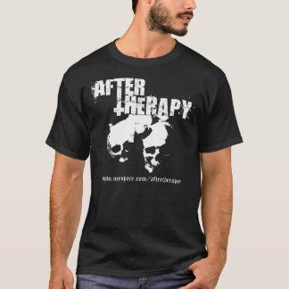 セラピーの両面Tシャツの後 Tシャツ