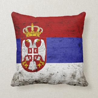 セルビアの黒くグランジな旗 クッション