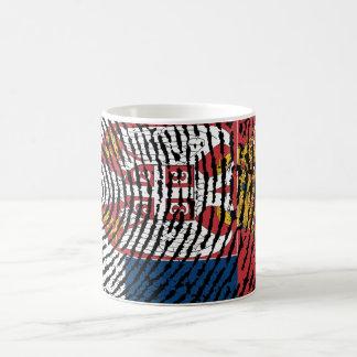 セルビアのtouchの指紋の旗 コーヒーマグカップ