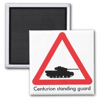 センチュリオンの交差の交通標識。 赤い三角形 マグネット
