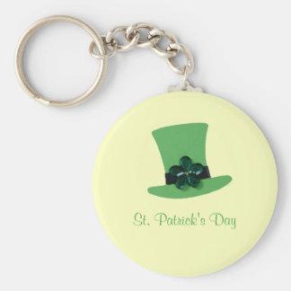 セントパトリックの日のための緑の帽子を個人化して下さい キーホルダー