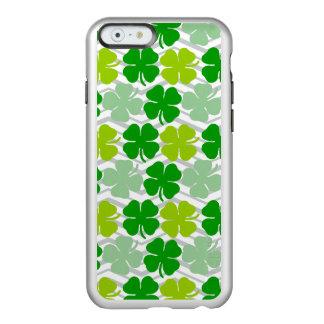 セントパトリックの日の幸運なシャムロック INCIPIO FEATHER SHINE iPhone 6ケース