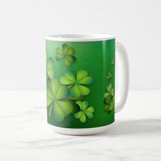 セントパトリックの日-クローバーかシャムロック コーヒーマグカップ
