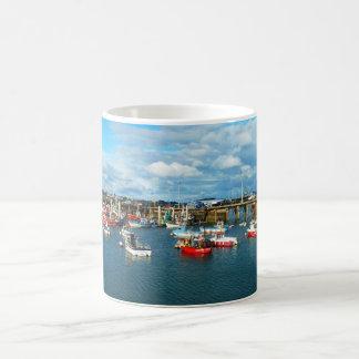 セントピーターの港、ガーンジー コーヒーマグカップ