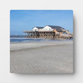 セントピーターOrdingのビーチの支柱の家 フォトプラーク
