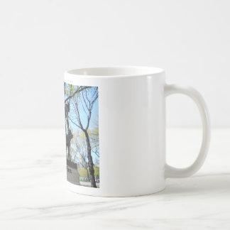 セントラル・パークの彫像 コーヒーマグカップ