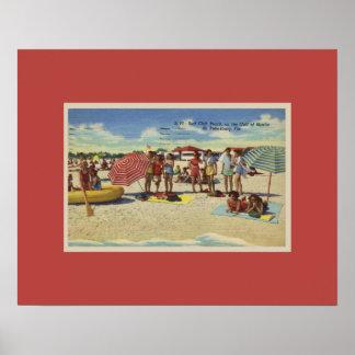 セント・ピーターズバーグ旧式で刺激を受けたなフロリダのビーチ ポスター