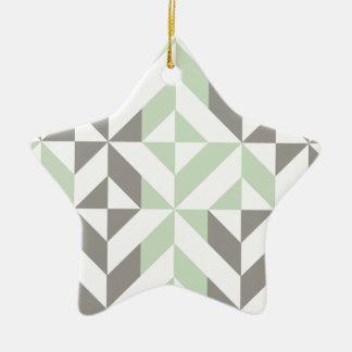 セージグリーンおよび銀製の幾何学的なDecoの立方体パターン セラミックオーナメント