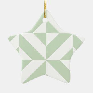 セージグリーンの幾何学的なDecoの立方体パターン セラミックオーナメント
