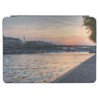 セーヌ河の日没 iPad AIR カバー