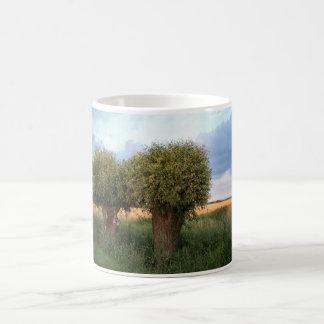 ゼーラント2のヤナギの木 コーヒーマグカップ
