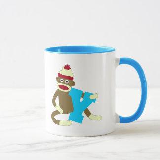 ソックス猿のモノグラムの男の子Y マグカップ