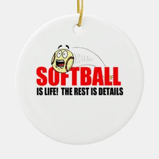 ソフトボールは生命です 陶器製丸型オーナメント