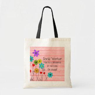 ソーシャルワーカーの引用文の花柄 トートバッグ