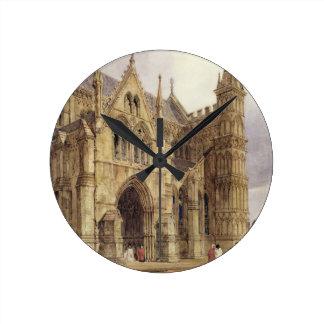 ソールズベリーのカテドラル1832年の北西ポーチ ラウンド壁時計