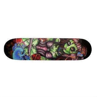 ゾンビの女の子3 スケートボード
