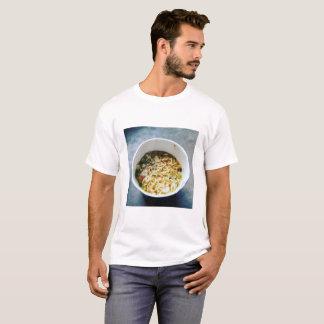 タイのヌードルのコップ Tシャツ
