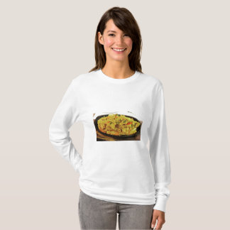 タイの食糧シーフードのカレー Tシャツ