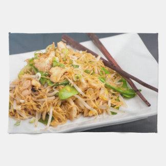 タイのLo Meinのヌードルの混乱の揚げ物 キッチンタオル