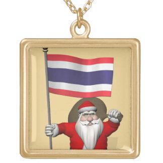 タイを訪問しているサンタ ゴールドプレートネックレス