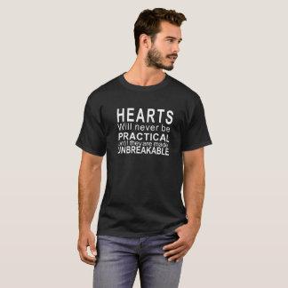 タイポグラフィのワイシャツ-ハートは決して実用的ではないです Tシャツ