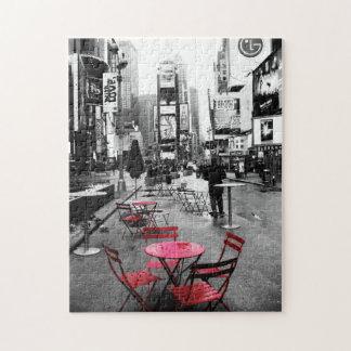 タイムズ・スクエアの白黒の赤いパズル ジグソーパズル