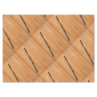 タイルを張られた木製のパネルのバスーン 薄葉紙