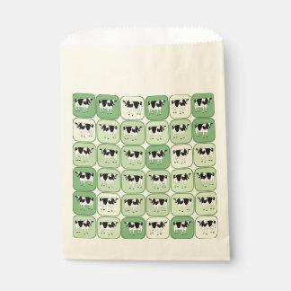 タイルを張られた牛パターン フェイバーバッグ