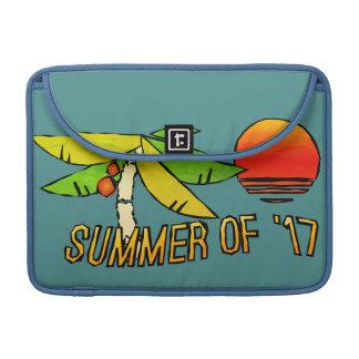 タイルを張られる夏期-完全なビーチの日没- MacBook PROスリーブ