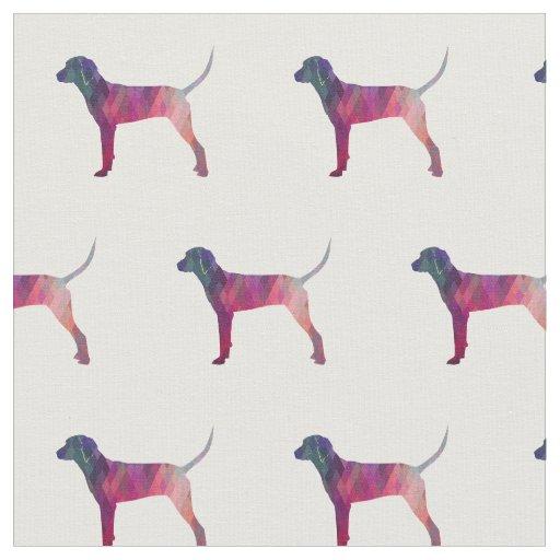 タイルを張られるRedboneのCoonhoundのシルエット-ピンク ファブリック